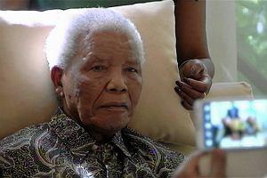94-letni Nelson Mandela w szpitalu. Choruje na płuca. ''Stan ciężki, ale stabilny''