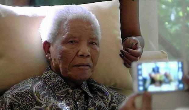 Nelson Mandela, zdj�cie z kwietnia 2013 r.