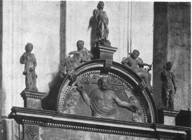 Zdjęcie numer 7 w galerii - Szukają zaginionych przedmiotów z kościoła św. Jana [ZDJĘCIA]