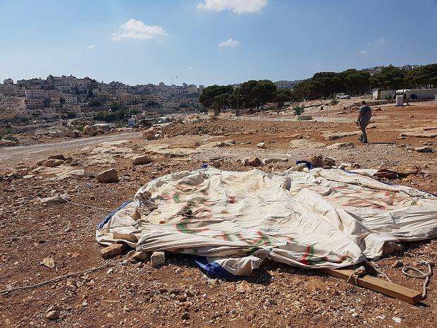 Ten namiot służy obecnie za przedszkole w społeczności Jabal al-Baba