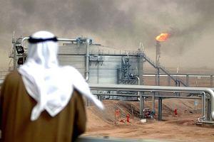 Arabia Saudyjska namawia Rosj� do buntu w sprawie cen ropy. Kluczowe decyzje ju� za miesi�c