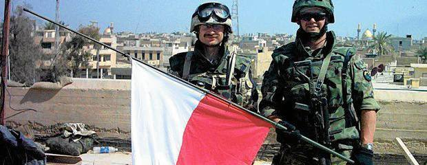 Armia Mahdiego chcia�a ratusz. Ale Polacy si� uparli. Magazynierzy te�, cho� nigdy jeszcze nie zabili