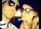 Pan i Pani Levine! Pierwsze wsp�lne zdj�cie gwiazdorskiej pary po �lubie... Ma��e�stwo im s�u�y?
