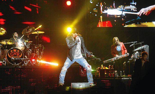 AC/DC ogłosili koncerty w Europie i USA z nowym, tymczasowym wokalistą.