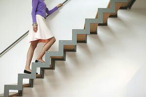 Chodzenie po schodach zamiast si�owni