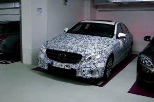 Nowy Mercedes klasy E   Zaparkujesz smartfonem