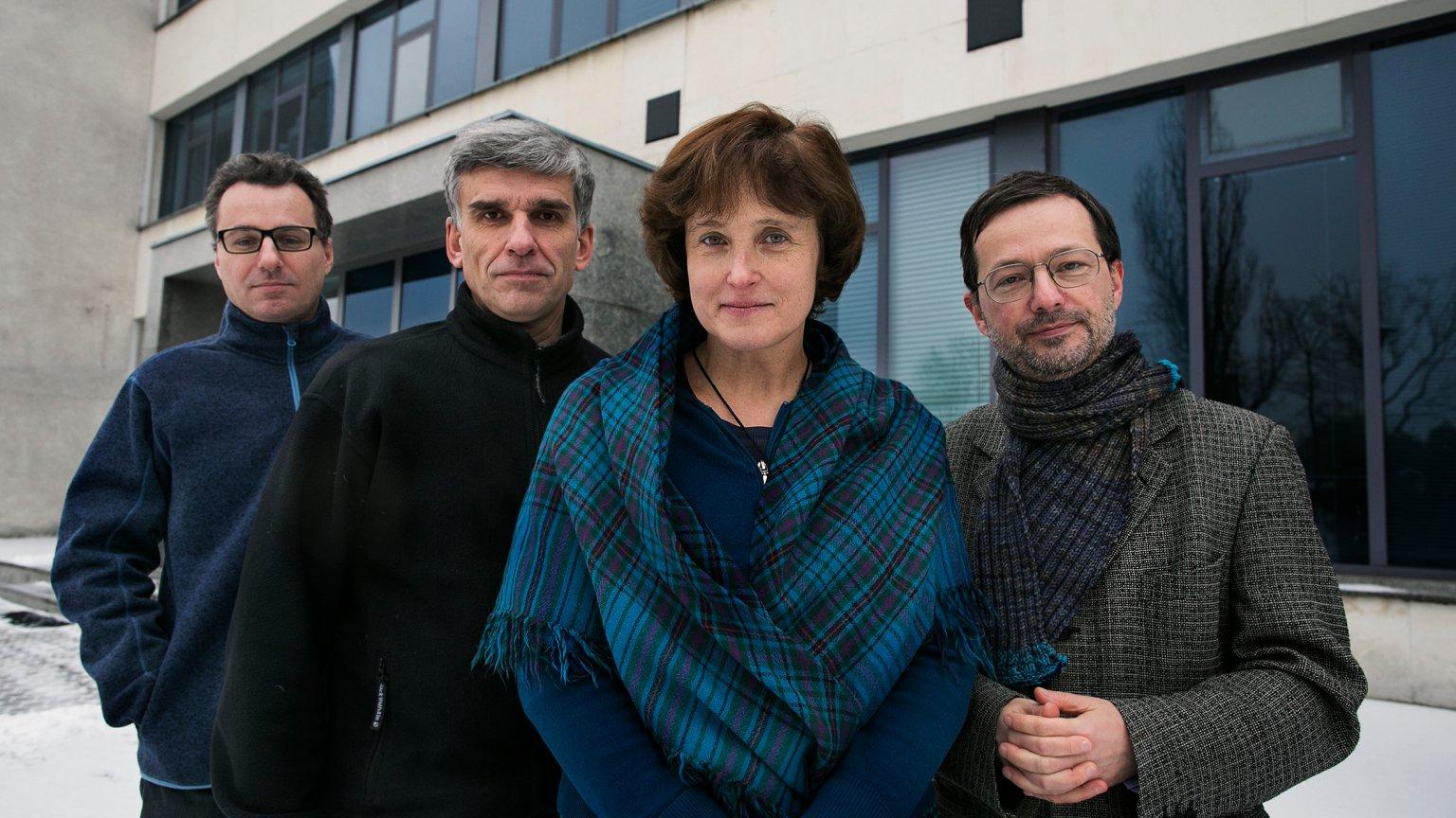 Pomysłodawcy Bednarskiej Szkoły Realnej, od lewej: Filip Haka, Janusz Fiett, Dorota Fiett (dyrektor), Jan Wróbel