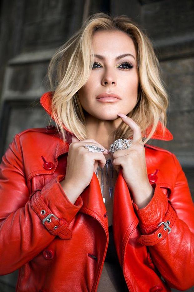 Wielu słuchaczy Anastacii zdziwiło jej nagłe zejście ze sceny. Wokalistka była znana z potężnego głosu oraz hitowych utworów, które w okresie aktywności artystki konkurowały z piosenkami Britney Spears, czy Christiny Aguilery. Okazało się, że Anastacia ma poważne problemy ze zdrowiem.