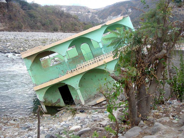 Tajfun Mangkhut uderzy w Filipiny   Zdjęcie ilustracyjne