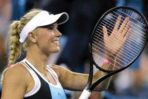 Caroline Wozniacki zmieni�a dyscyplin� sportow� i... kolor w�os�w. I to na jaki!