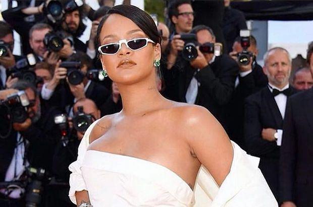 Rihanna odpowiada memem na obraźliwy artykuł opublikowany na blogu Barstool Sports. Fani zachwyceni.