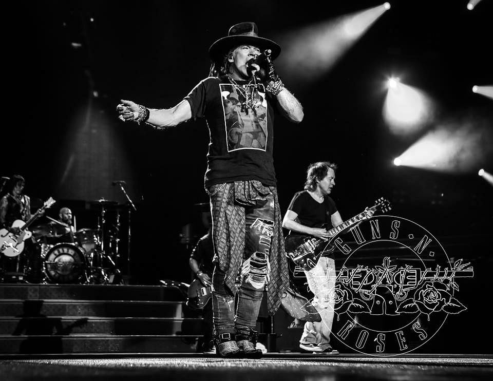 Guns N' Roses w Hanover / www.facebook.com/pg/gunsnroses/photos