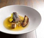 Karp, foie gras, consomme z borowik�w