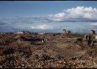 Burzenie, ruiny, odbudowa, destrukcja. Czego mo�emy nauczy� si� od Warszawy?