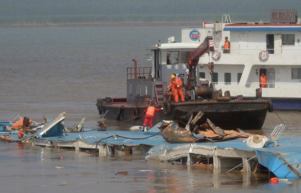 Katastrofa statku na rzece Jangcy. 330 osób zaginionych. Służby: Nie ma szans na znalezienie żywych
