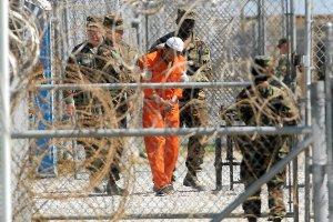 CIA wypuszcza�o na wolno�� terroryst�w z Guantanamo, p�aci�o miliony za wsp�prac�. A oni wracali do ojczyzny i zrywali kontakt