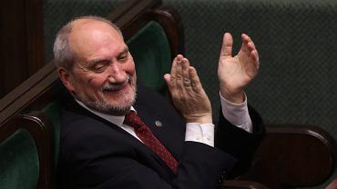 PiS-owski minister obrony Antoni Macierewicz