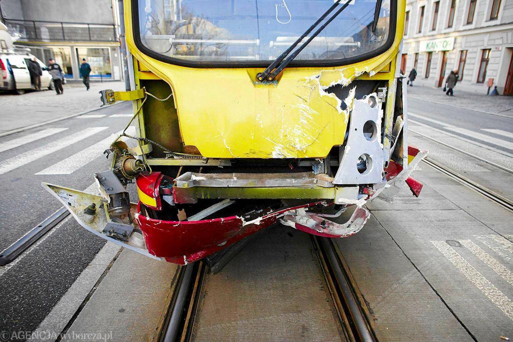 Zdj�cie numer 3 w galerii - Zmar�a trzecia ofiara wypadku na Piotrkowskiej