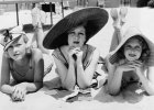 Przykrywanie kontra odkrywanie: od wiktoria�skich sukien do bikini