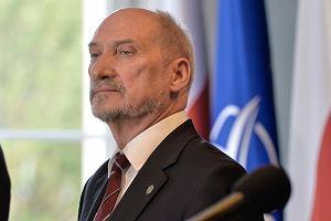 """""""Za 12 lat polskie siły zbrojne będą nas w stanie obronić"""". Taką obietnicę złożył Macierewicz"""