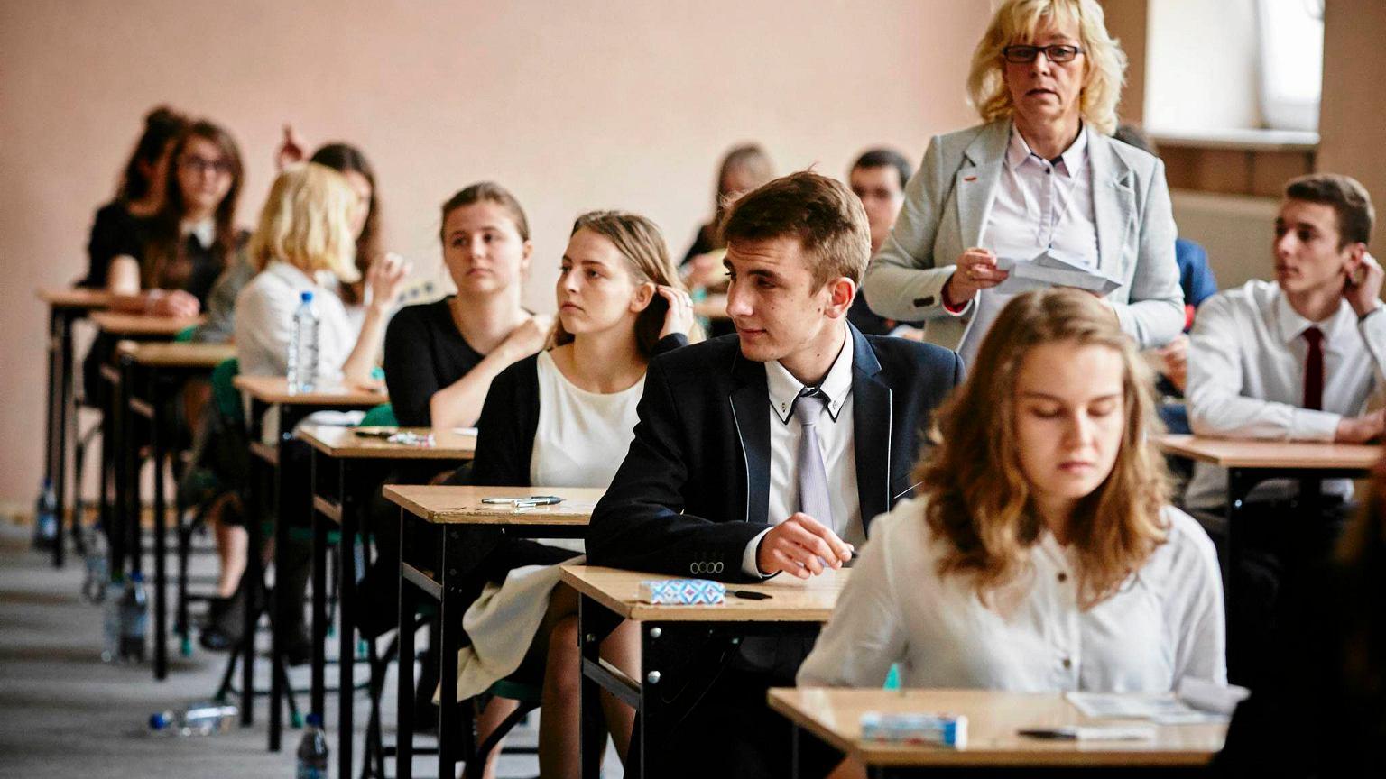 matura angielski rozszerzony ćwiczenia online
