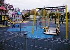 Plac zabaw przy Gradowskiego w nowym wydaniu. I z ciekawym urz�dzeniem