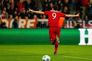 Krychowiak kontra Cristiano Ronaldo, Legia - Pogo� i derby Londynu [ROZK�AD NIEDZIELI]