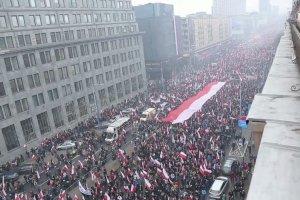 """""""Polska dla Polak�w"""". W Warszawie odby� si� Marsz Niepodleg�o�ci"""