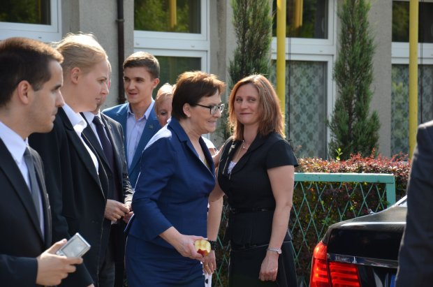 Premier obieca�a pieni�dze na budow� basenu w Sosnowcu