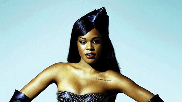 Raperka wykorzystała w nowym utworze te same sample co jej rywalka - Iggy Azalea.