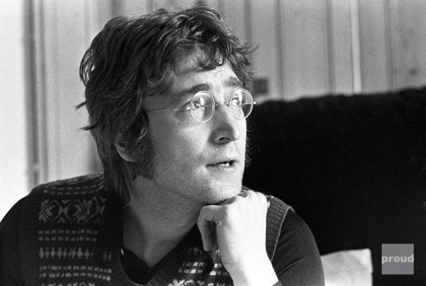 """Już 18 maja ukaże się powieść graficzna o zmarłym członku Beatlesów. Dzieło będzie nosić tytuł """"Lennon: The New York Years"""". Zwiastun powieści jest już dostępny w sieci."""