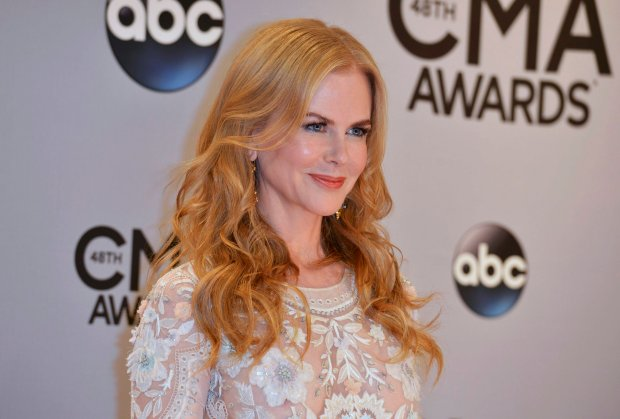 Actress Nicole Kidman arrives at the 48th Country Music Association Awards in Nashville, Tennessee November 5, 2014. REUTERS/Eric Henderson (UNITED STATES - Tags: ENTERTAINMENT) (CMA - ARRIVALS)