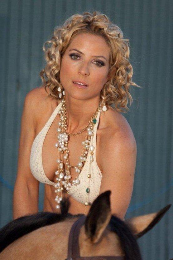 Chantal Sutherland Nude Photos 99