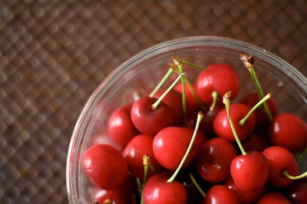 Wiśnia - poprawia apetyt i walczy z bezsennością. Jakie właściwości zdrowotne i wartości odżywcze mają wiśnie?