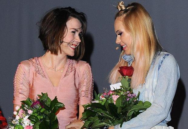Polska wokalistka, Doda, od jakiegoś czasu próbuje zaistnieć w branży filmowej. Zaczęło się od pogłosek, że zagra tu i tam. Wówczas mało kto piosenkarce wierzył i nagle Doda znalazła się na czerwonym dywanie w Cannes.