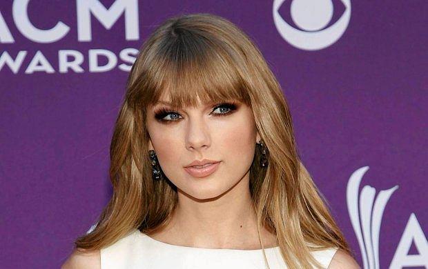 Taylor Swift spotyka si� z Conorem Kennedym!