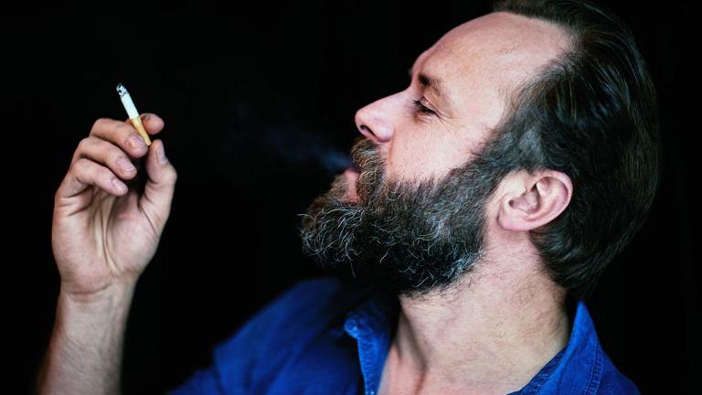 Leszek Lichota (ur. w1977 r. wWałbrzychu) - aktor filmowy iteatralny. W2002 r. ukończył Akademię Teatralną wWarszawie. Znany m.in. zseriali 'Prawo Agaty' i'Wataha' oraz filmów 'Lincz' i'Karbala'. Partner aktorki Ilony Wrońskiej, tata Nataszy iKajetana.