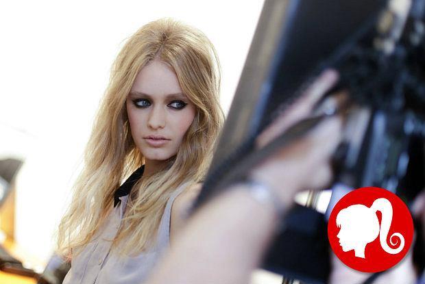 Blond na wyjątkowych warunkach - 10 zasad pielęgnacji jasnych włosów