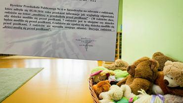 'Dzieci modl� si� przed posi�kami'. Tak zdecydowa�a dyrektor przedszkola. Mimo g�os�w sprzeciwu