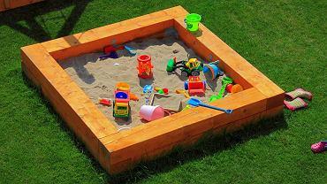 Zabawki ogrodowe dla dzieci to nie tylko to, co znajdziemy w piaskownicy