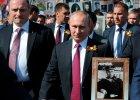 W Moskwie 9 maja odbyły się dwie parady. Na jednej czołgi i myśliwce, a na drugiej... portrety weteranów