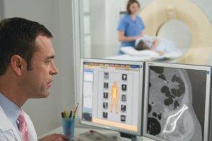 Czy tomografia komputerowa jest lepsza od USG, a rezonans magnetyczny od tomografii?