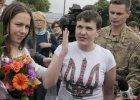 """Poroszenko: """"Samolot z Bohaterką Ukrainy wylądował"""". Sawczenko wymieniona na rosyjskich żołnierzy"""