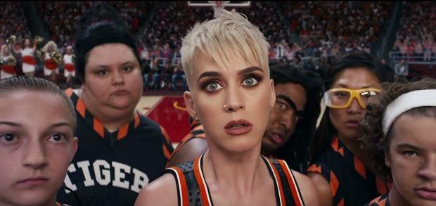 """Katy Perry zaprezentowała wideo, do jednego z singli promujących jej ostatni album """"Witness""""."""