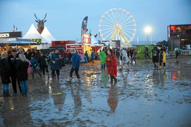 Organizatorzy niemieckiego festiwalu Rock Am Ring postanowili odwołać resztę koncertów.
