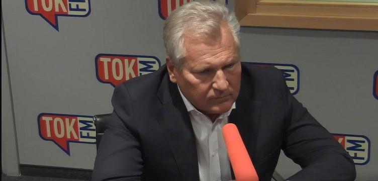 Aleksander Kwaśniewski podczas rozmowy z Piotrem Najsztubem.