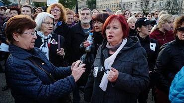 Czarny Protest na Placu Wolności w Poznaniu