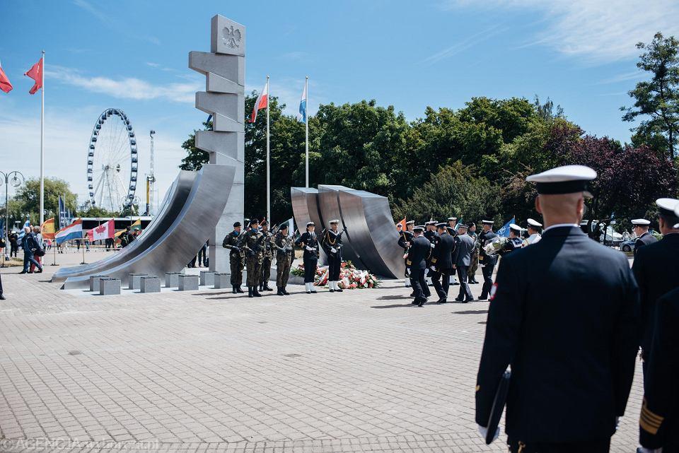 a9ef30a3990fd Święto Marynarki Wojennej w Gdyni. Duda i Błaszczak obiecują 'dobrą ...