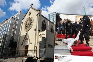 Protest przeciwko rozbiórce kościoła w Paryżu. Policja pacyfikowała strajkujących