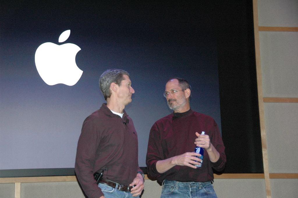 Tim Cook i Steve Jobs